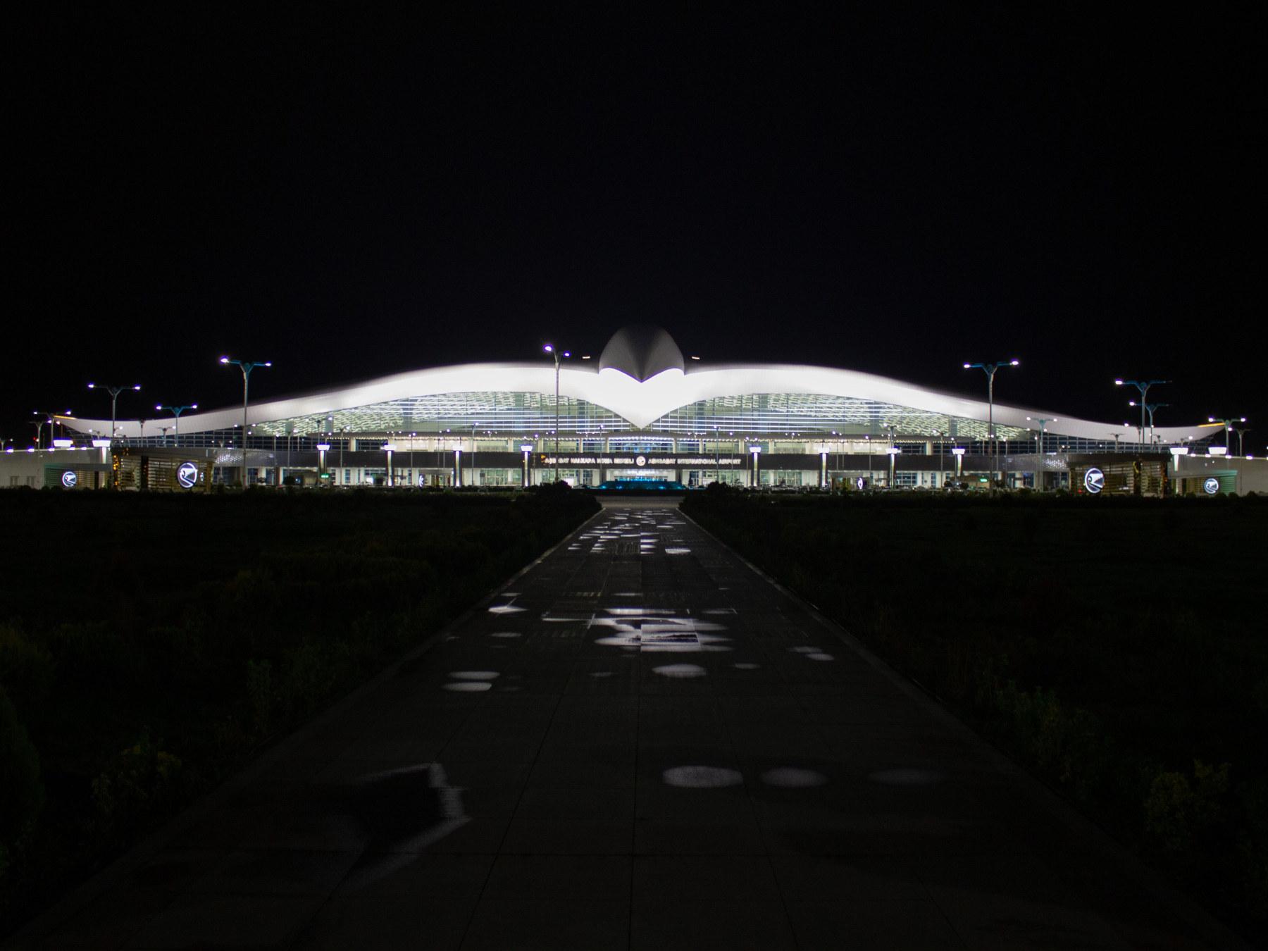 Ashjkabat airport by night